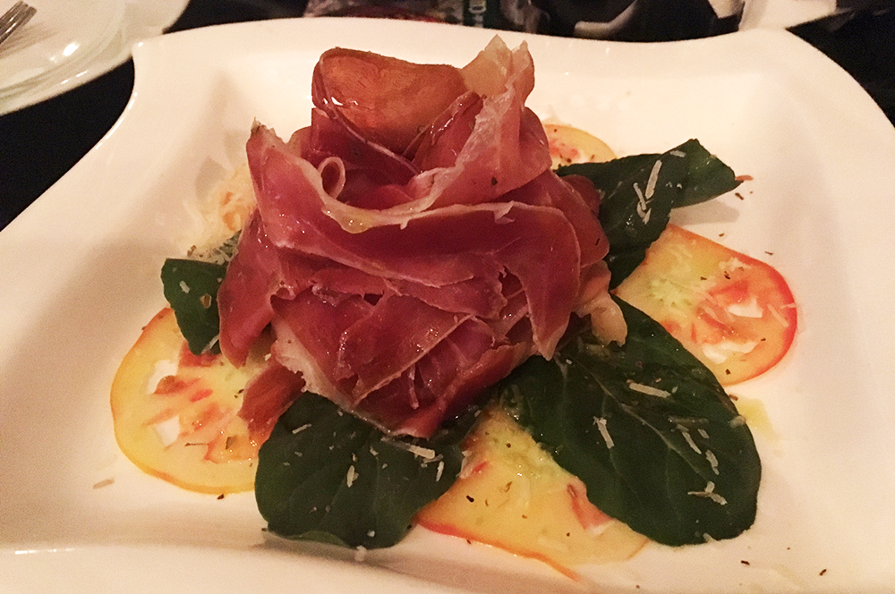 A plate of Serrano ham goes for less than 10CUC