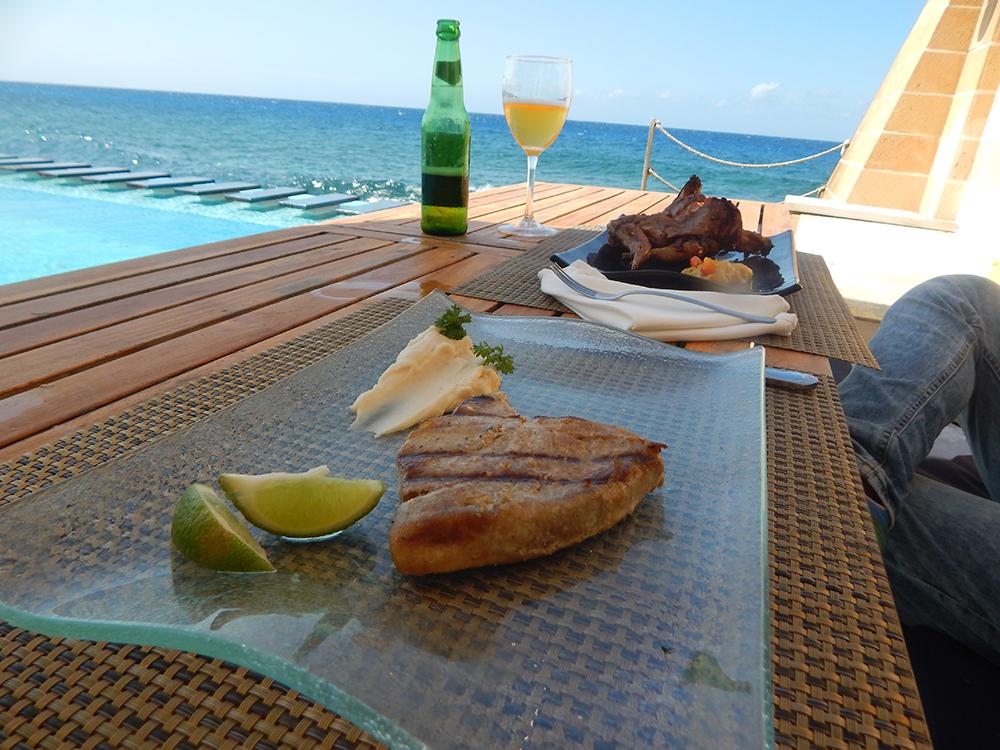 vistamar-restaurants-havana
